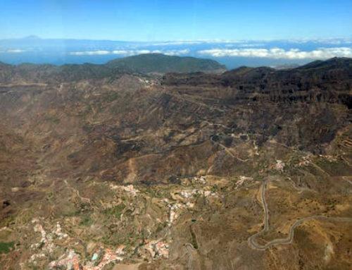 Estabilizado el incendio de Artenara en Canarias